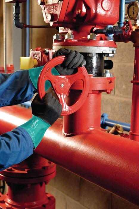 Handschoenen EN388/374 cat.III AlphaTec 58-270 mt.8 nylon m.nitril groen/grijs