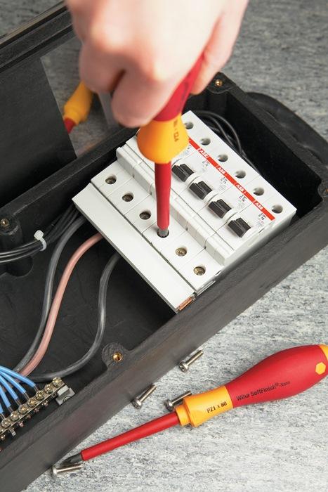 Kr.k.schrd. IEC60900:2004VDE SL/PH SW2x100mm t.L218mm +/--kl.schr. mr.cmp. h.gr.